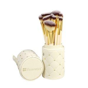 BH Cosmetics Studded Makeup Brush Set and Holder